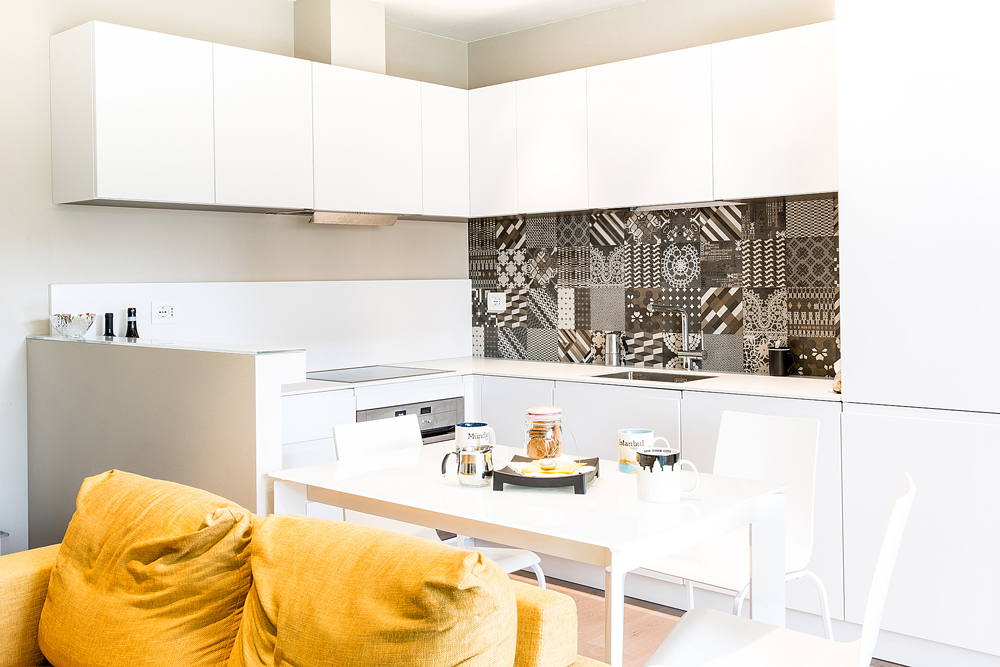 Living design parma ceramiche maioliche un tocco for Piastrelle maiolica cucina