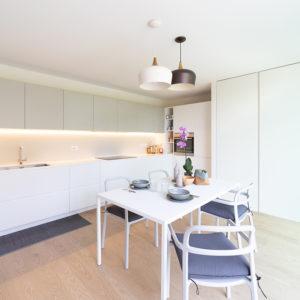 progettazione-interni-cucina-corian-parma-10
