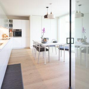 progettazione-interni-cucina-corian-parma-12