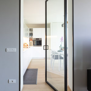 progettazione-interni-cucina-corian-parma