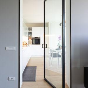 progettazione-interni-cucina-corian-parma-4