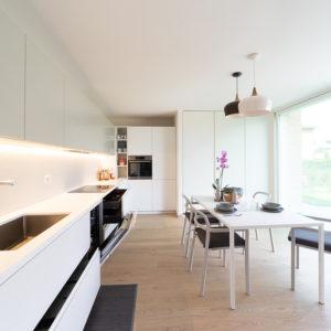 progettazione-interni-cucina-corian-parma-6