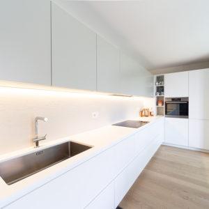 progettazione-interni-cucina-corian-parma-7